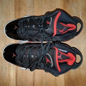 Nice Jordan shoes black red size